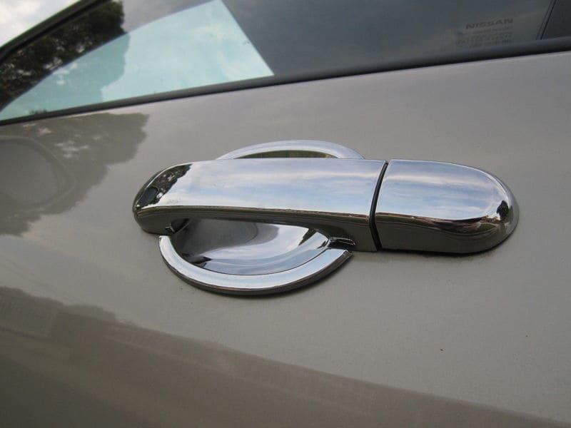 Польза автомобильных хромированных накладок