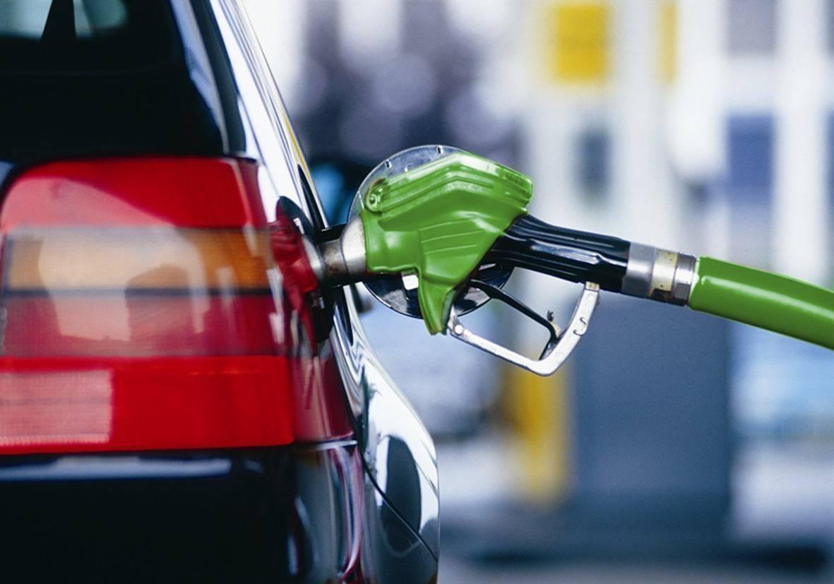 Какие наблюдаются симптомы от заправки автомобиля некачественным топливом?